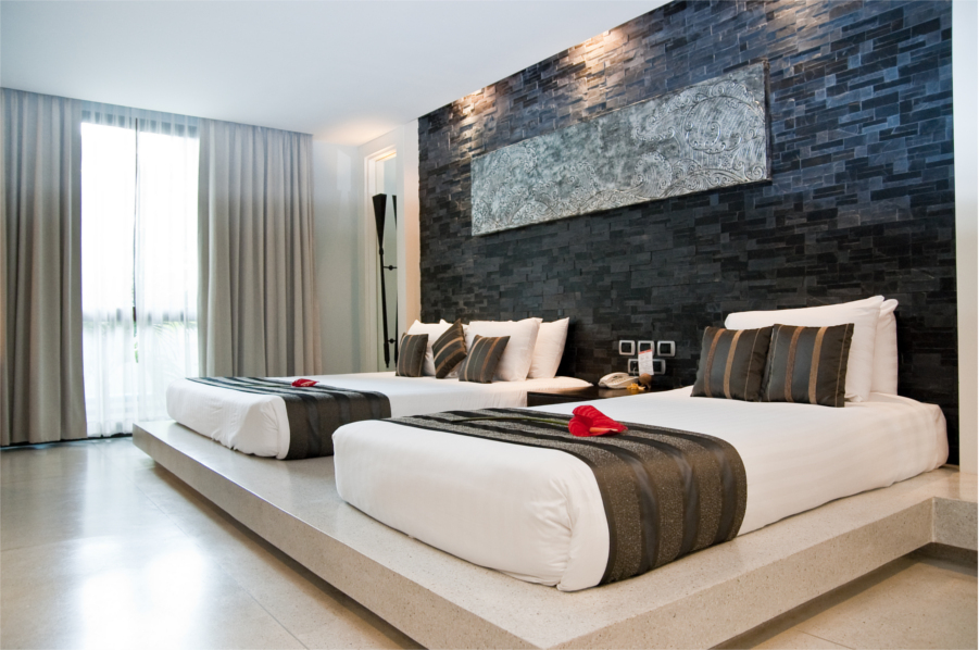 Grand 2 Bed, Room